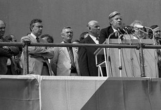 1979 European Parliament election - Helmut Schmidt on the campaign trail in 1979