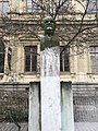 Buste d'Édouard Aynard - place de la Bourse à Lyon.jpg