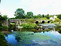 Carhaix 48 Le Petit Carhaix Le pont du XVIIIe sur l'Hyères (vu du côté aval).jpg