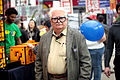Carl Fredricksen cosplayer (22969116004).jpg