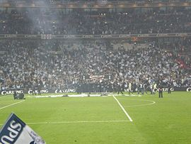 e2f20bad Tottenham Hotspur players and fans celebrating their win the 2008 Football  League Cup Final