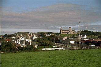 Carndonagh - Image: Carndonagh SW View 1996 08 29 mod