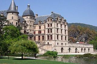 Art museum, design/textile museum, historic site in Dept. of Isère, Auvergne-Rhône-Alpes