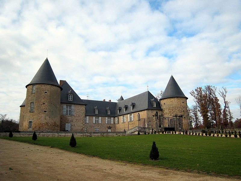 Château de Rochebrune à Étagnac