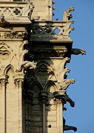 Chimères Notre-Dame de Paris 170208.jpg