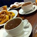 Chocolate a la taza con churros y ensaimada.jpg