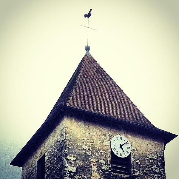Vue du Clocher de l'Église Saint-Pierre de Chavannes-sur-Suran (01250)