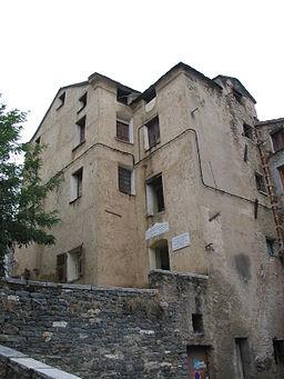 Corte maison n°1 Place du Poilu