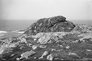 Coll - Dùn Beic (in about 1900), one of several Dùn on Coll traditionally claimed to have been Norse strongholds.