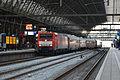 DBS 189 052+Rijtuigen, Amsterdam Centraal (15496484155).jpg