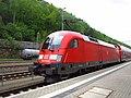 DB 182 016-6 mit S-Bahn S1 im Bahnhof Bad Schandau.jpg