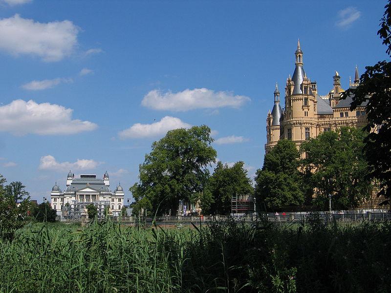 DE Schwerin Castle Teatre view.JPG