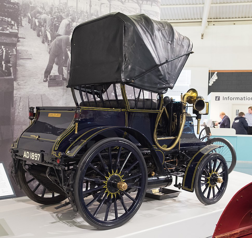 Daimler Grafton Phaeton 1897 - rear