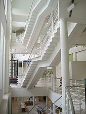 Treppen Im Gebäude Des Design Museums Gent (1992)