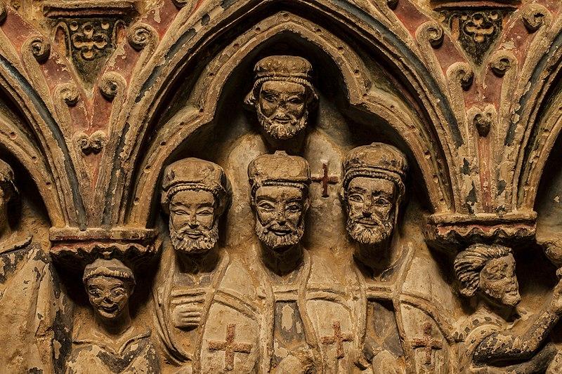 Archivo:Detalle Templarios en Sepúlcro en la Iglesia de Santa María la Blanca.jpg