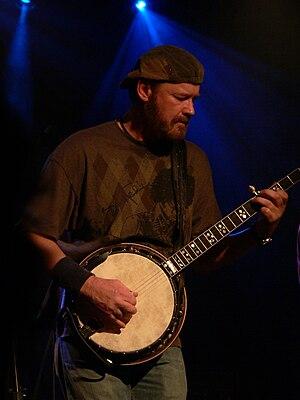 Don Wayne Reno - Don Wayne Reno performing at a Hayseed Dixie gig in 2008