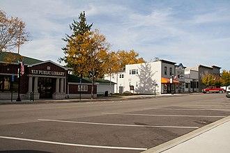 Ely, Iowa - Image: Dows Street Historic District