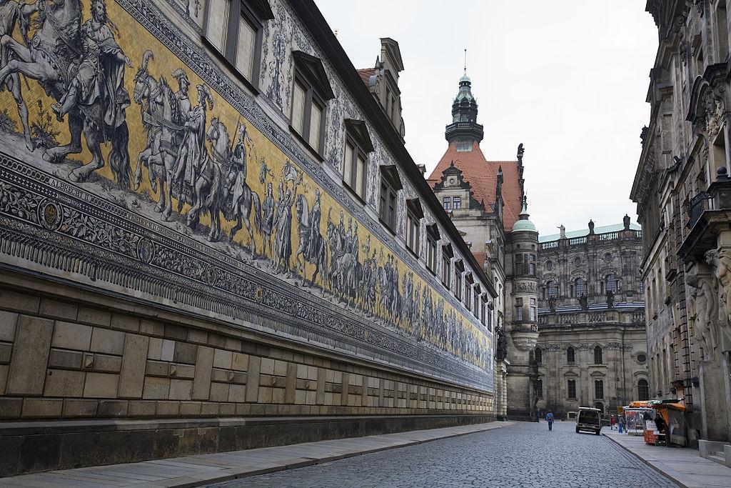 File:Dresden - Fürstenzug - 2336.jpg - Wikimedia Commons