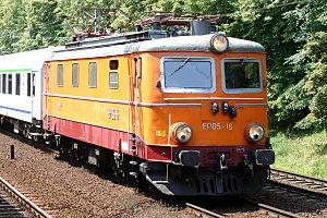 PKP class EP05 - EP05-16 at Warszawa Ochota station, 2007.
