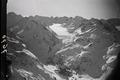 ETH-BIB-Val Forno mit dem Fornogletscher, Monte Disgrazia und Torrone, im Vordergrund der See Lej da Cavloc-Inlandflüge-LBS MH01-007670.tif