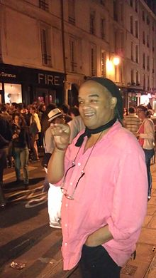 Ealy Mays in Paris.jpg