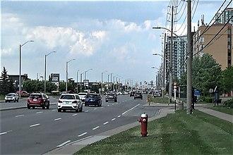 Eglinton Avenue - Eglinton Avenue in Erin Mills, Mississauga