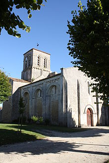 Eglise de la Transfiguration de Cressé -17- photo 1.JPG