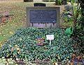 Ehrengrab Großgörschenstr 12 (Schö) Friedrich von Hefner-Alteneck.jpg
