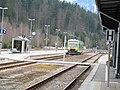 Einfahrt der Waldbahn in Bayrisch Eisenstein - panoramio (1).jpg