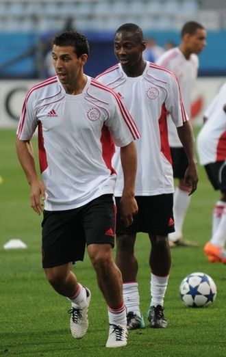 Mounir El Hamdaoui - El Hamdaoui with Ajax teammate Eyong Enoh.
