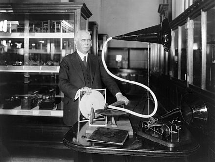 Berliner with an experimental disc and Gramophone he had previously exhibited in 1888 Emile Berliner with phonograph.jpg