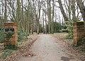 Entrance to Dundridge Manor (West Gate) - geograph.org.uk - 1185786.jpg