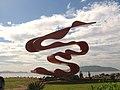 Escultura Passaro-Homenagem a Imigração Japonesa - panoramio.jpg