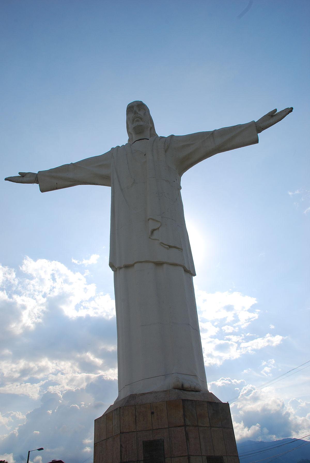Cristo Rey (Colombian statue) - Wikipedia