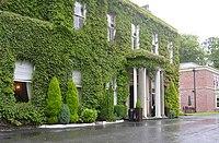 Farington Lodge Hotel - geograph.org.uk - 1389740.jpg