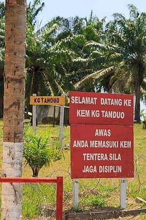 2013 Lahad Datu standoff - Image: Felda Sahabat Sabah Kg Tanduo 01