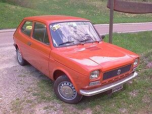 Fiat 127 - A series 1 Fiat 127 2-door