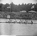 Finale Dames oude acht op de Bosbaan Links Van der To rechts Alwin, Bestanddeelnr 915-2679.jpg