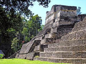 Tikal-Calakmul wars - A building in Caracol