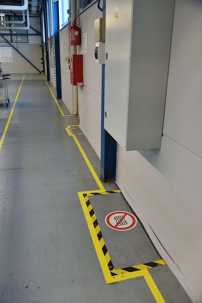 File Floor Marking 5s Safety Scanfil Sieradz Jpg