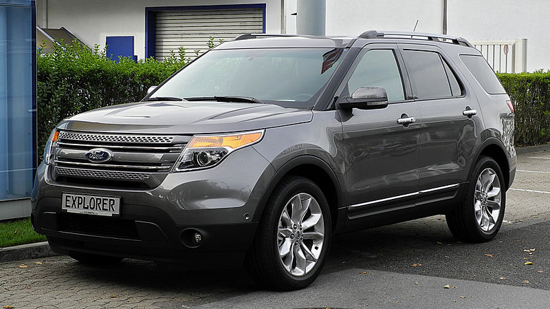 File:Ford Explorer 3.5 V6 AWD Limited (V) – Frontansicht, 10. September 2011, Düsseldorf.jpg