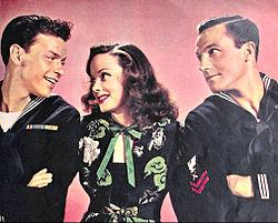 Fraak Sinatra Kathryn Grayson Gene Kelly Anchors Aweigh.jpg
