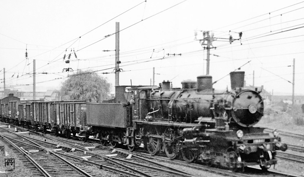 SNCF Nord 4-6-0 on a freight at Hirson (Aisne), 1958.