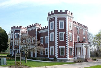 Fort Totten (Queens) - Fort Totten Officers' Club, now home of the Bayside Historical Society