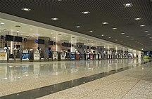 Sân bay quốc tế Cristiano Ronaldo-Các hãng hàng không-Funchal airport, July 13, 2011 (5939423495)