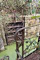 Garde-corps d'un vantail de la porte ouest de l'écluse de la Chapelle-Boby, Rennes, Ille-et-Vilaine, France.jpg