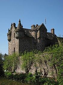 Gardyne Castle - geograph.org.uk - 425251.jpg