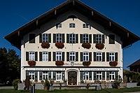 Gasthaus zur Post, Salzburgerstraße 1,Prutting, Stirnseite.jpg