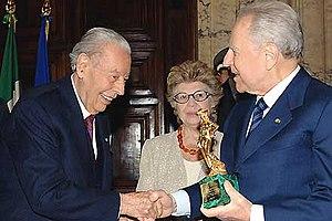 Gian Luigi Rondi - Rondi (left) about to receive the David di Donatello award from President Carlo Azeglio Ciampi, 2005