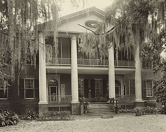 Winthrop Sargent - Gloucester, Natchez, by Frances Benjamin Johnston, 1938. Originally known as Bellevue. Built by David Williams family, ca. 1800. Winthrop Sargent bought it from the Williams in 1808